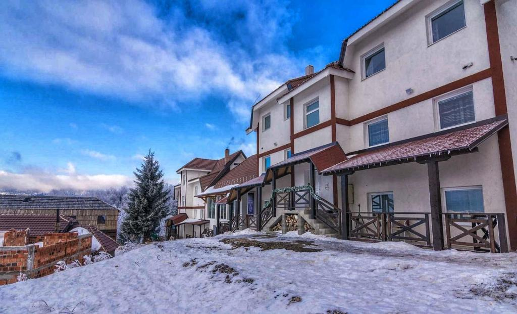 Апарт-отель  VILA MOZART - Apartments & Studios  - отзывы Booking