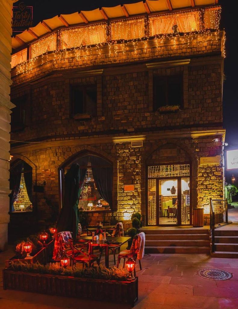 Отель  Maajid Hotel & Restaurant  - отзывы Booking