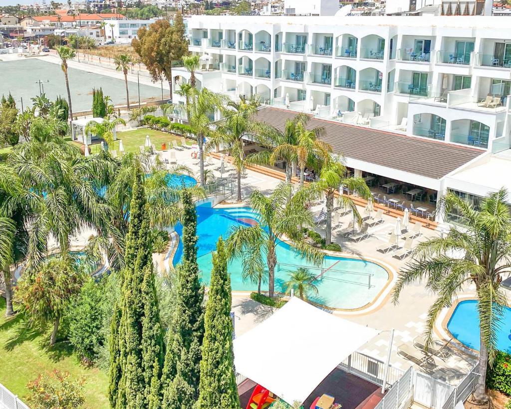 Отель Anesis Hotel - отзывы Booking