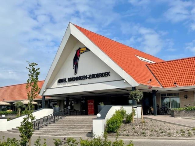 Отель Van der Valk Hotel Groningen Zuidbroek - отзывы Booking