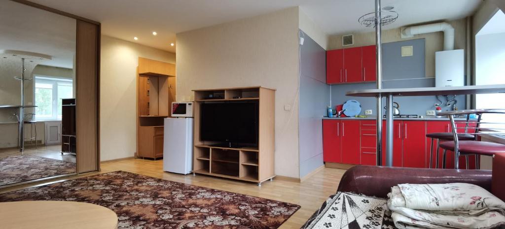 Апартаменты/квартира  Apartment On Oktyabrskaya 4  - отзывы Booking