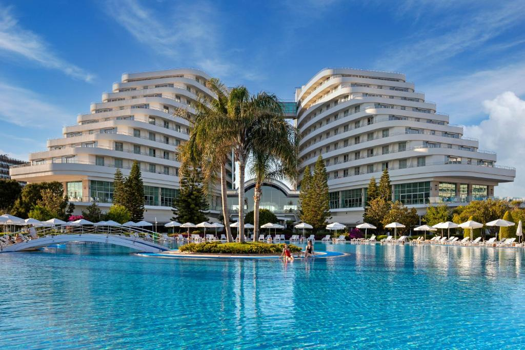 Курортный отель  Miracle Resort Hotel  - отзывы Booking