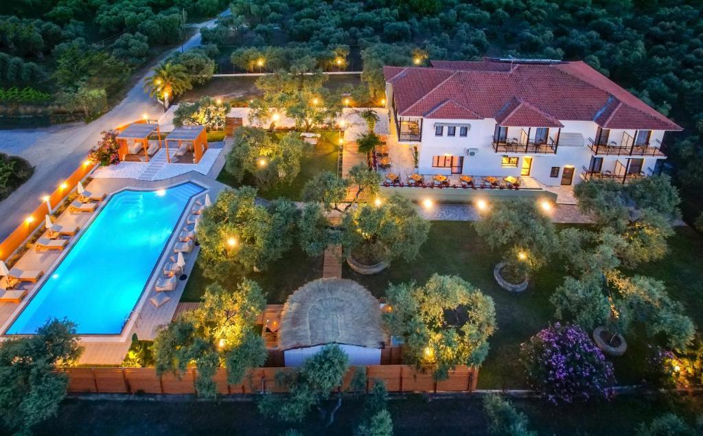 Отель  Nefeli Fresh Hotel  - отзывы Booking