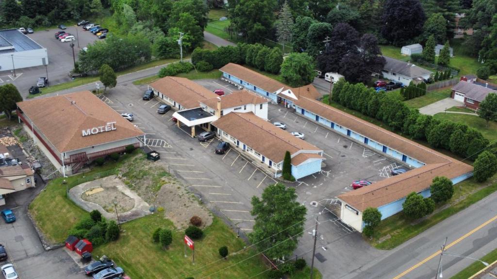 Мотель Parkway Inn - отзывы Booking