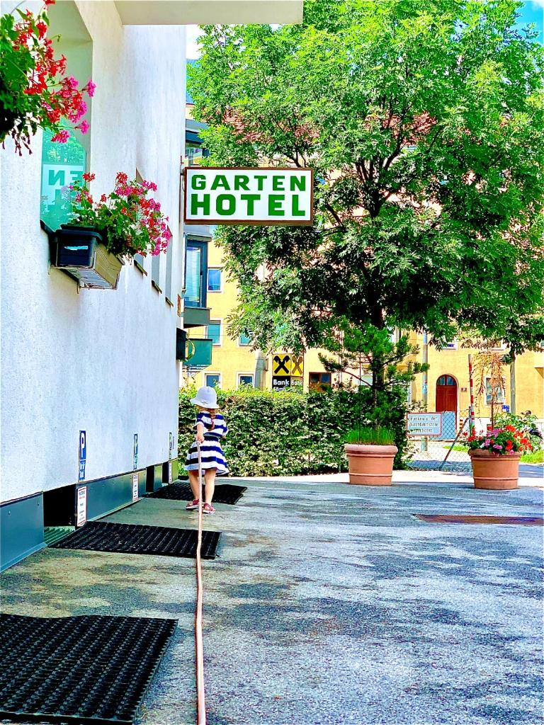 Отель Gartenhotel Garni Pension B&B - отзывы Booking