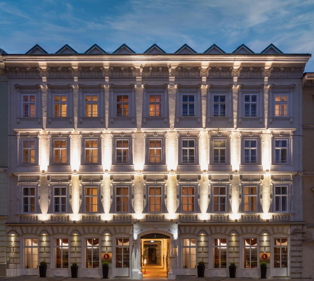 Апарт-отель  The Levante Rathaus Apartments  - отзывы Booking