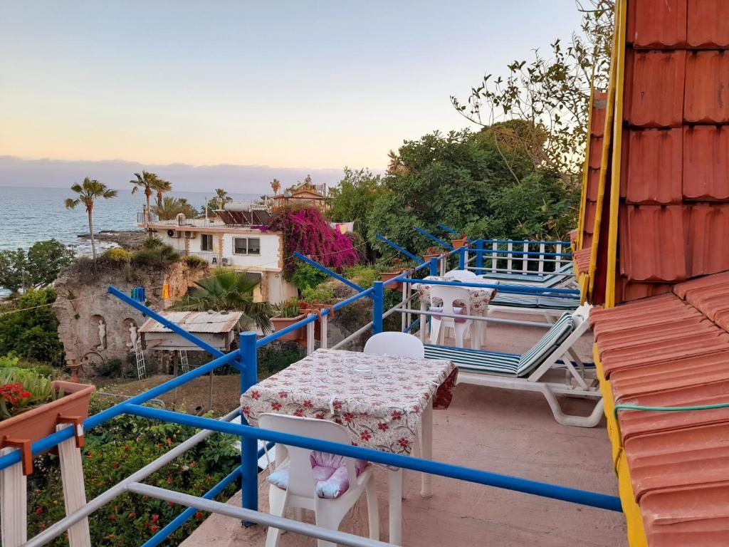 Отель типа «постель и завтрак»  Antonios Motel  - отзывы Booking