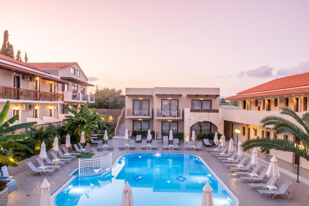 Апарт-отель Lazaros Hotel Apartments - отзывы Booking