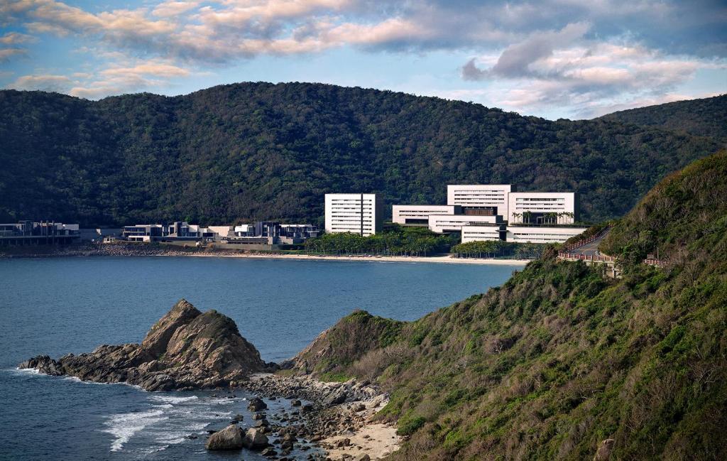 Курортный отель Park Hyatt Sanya Sunny Bay Resort - отзывы Booking