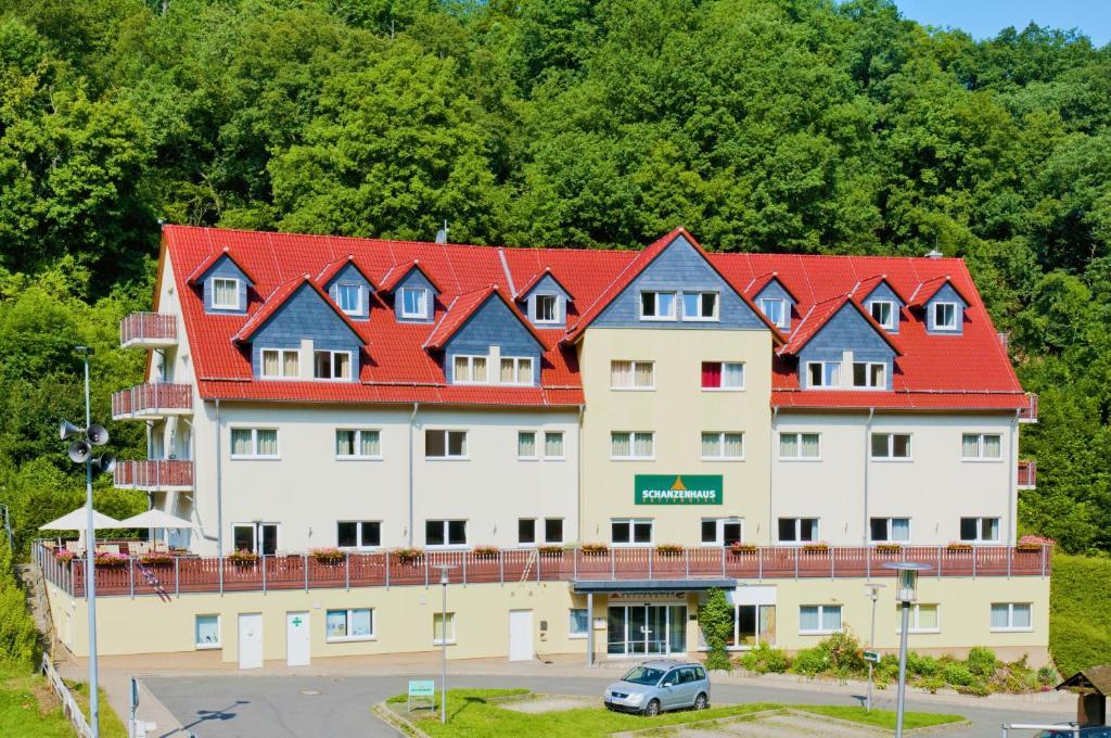 Апарт-отель  REGIOHOTEL Schanzenhaus Wernigerode  - отзывы Booking