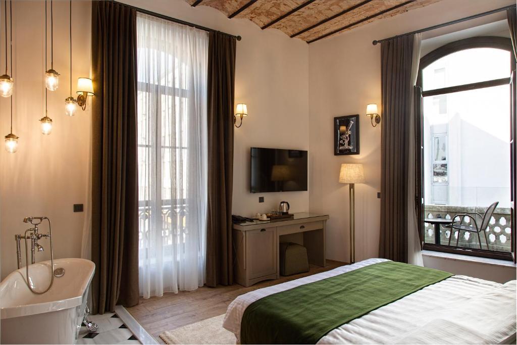 Отель  Mest Hotel  - отзывы Booking