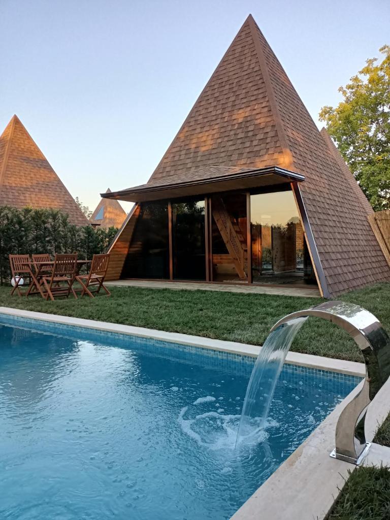 Курортный отель  Pyramid Sapanca  - отзывы Booking