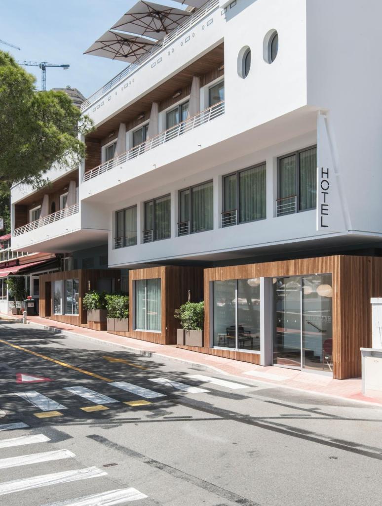 Отель Hotel Miramar - отзывы Booking