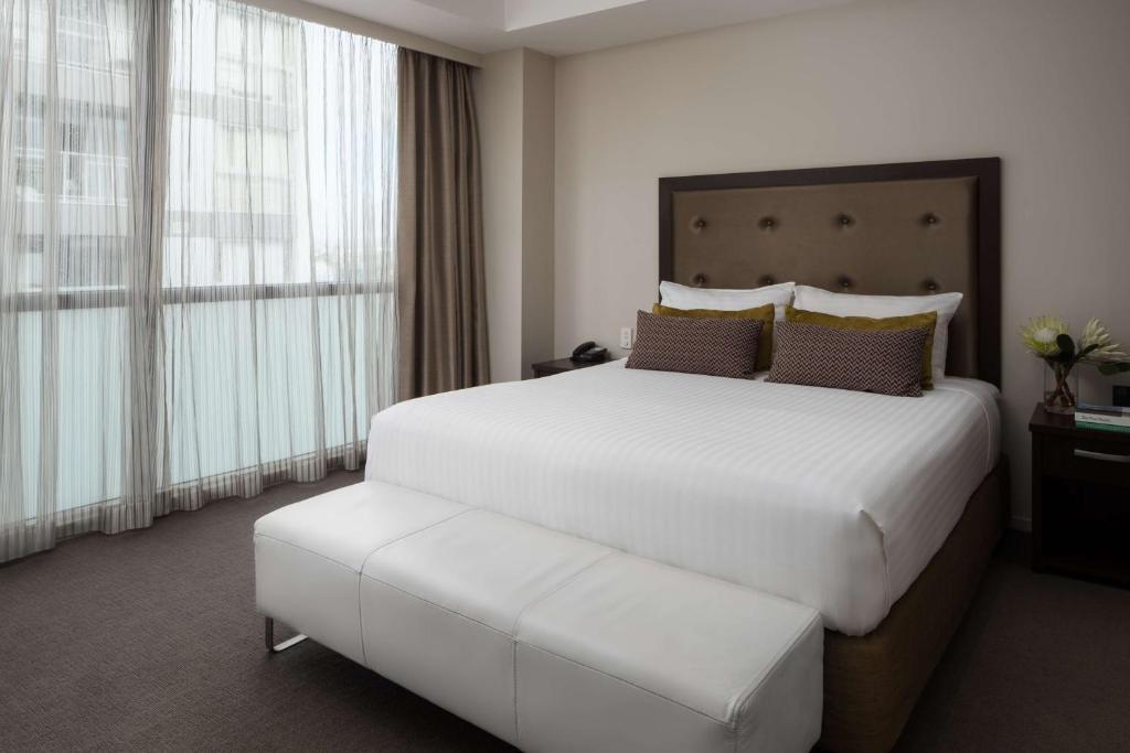 Отель Rydges Auckland - отзывы Booking