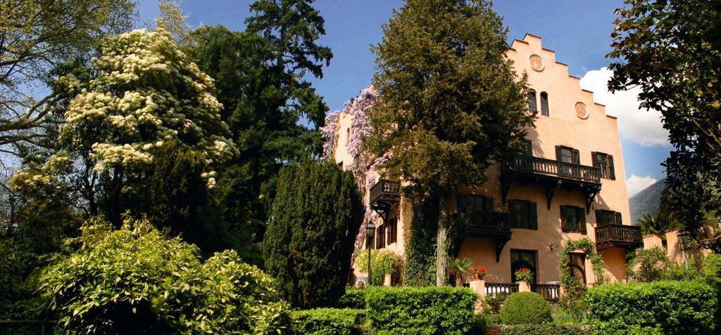Фото Гостевой дом Schloss Castel Pienzenau - Suites & Apartments - B&B-Hotel & Restaurant