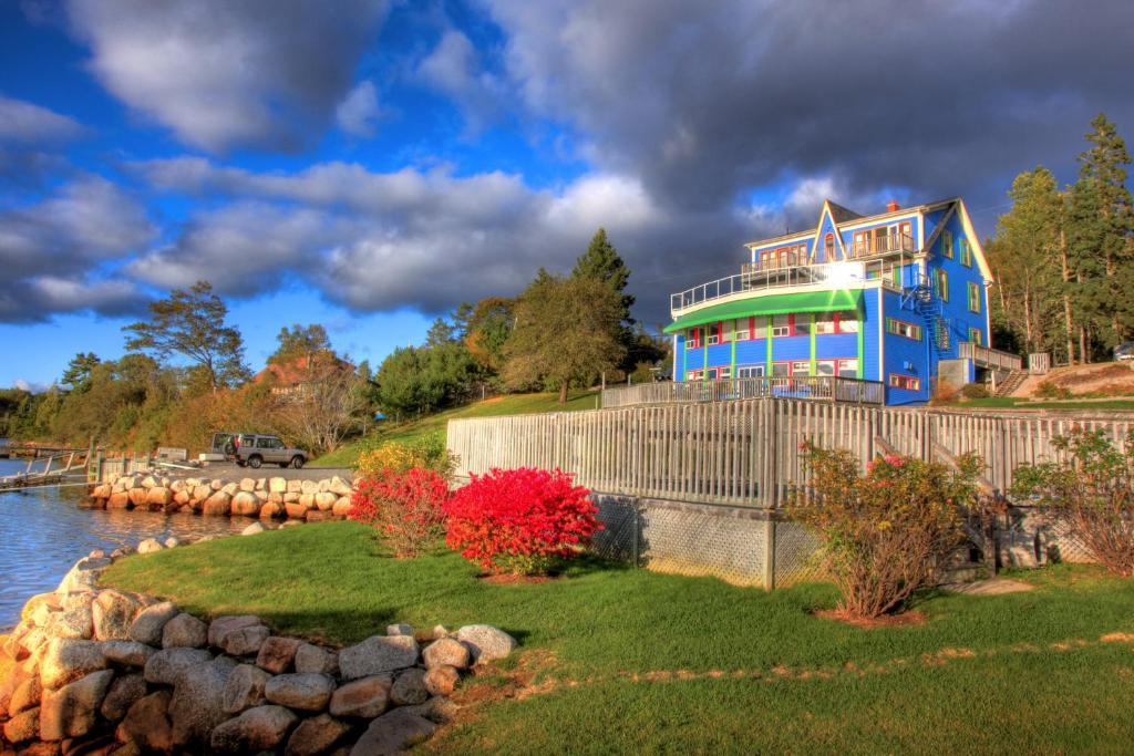 Мини-гостиница  The Tuna Blue Inn  - отзывы Booking