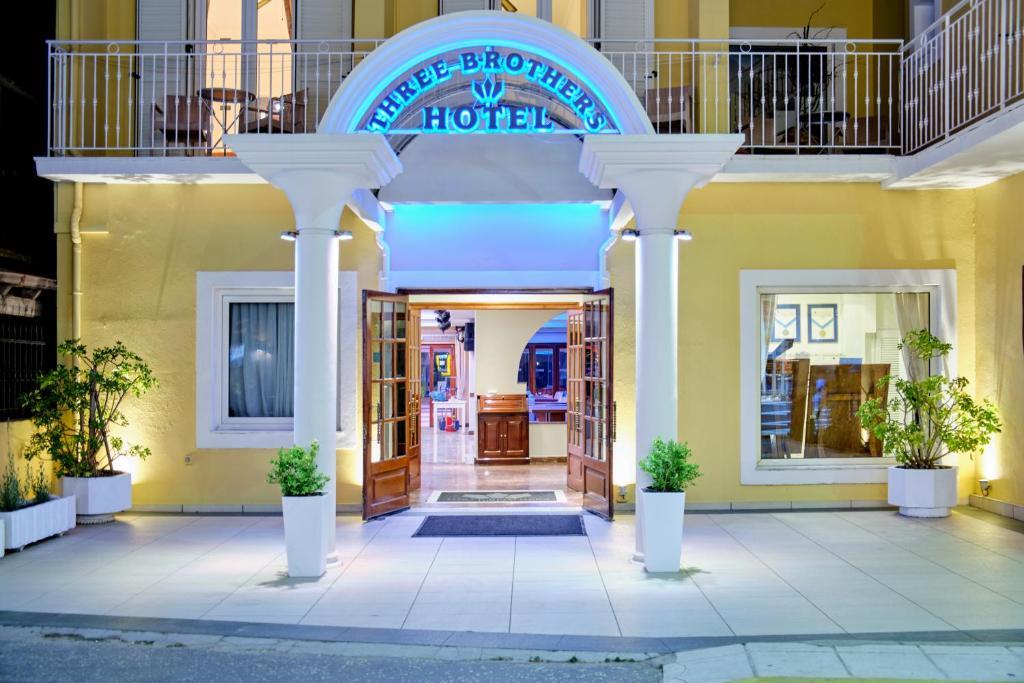 Отель 3 Brothers Hotel Sidari - отзывы Booking