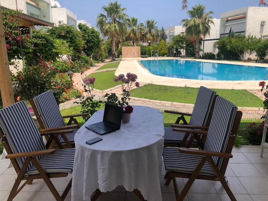 Дом для отпуска Pool View Villa With Exclusive Meet of Nature&Sea - отзывы Booking