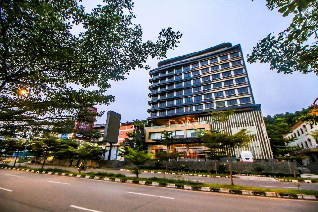 Отель Отель Asialink Hotel Batam By Prasanthi