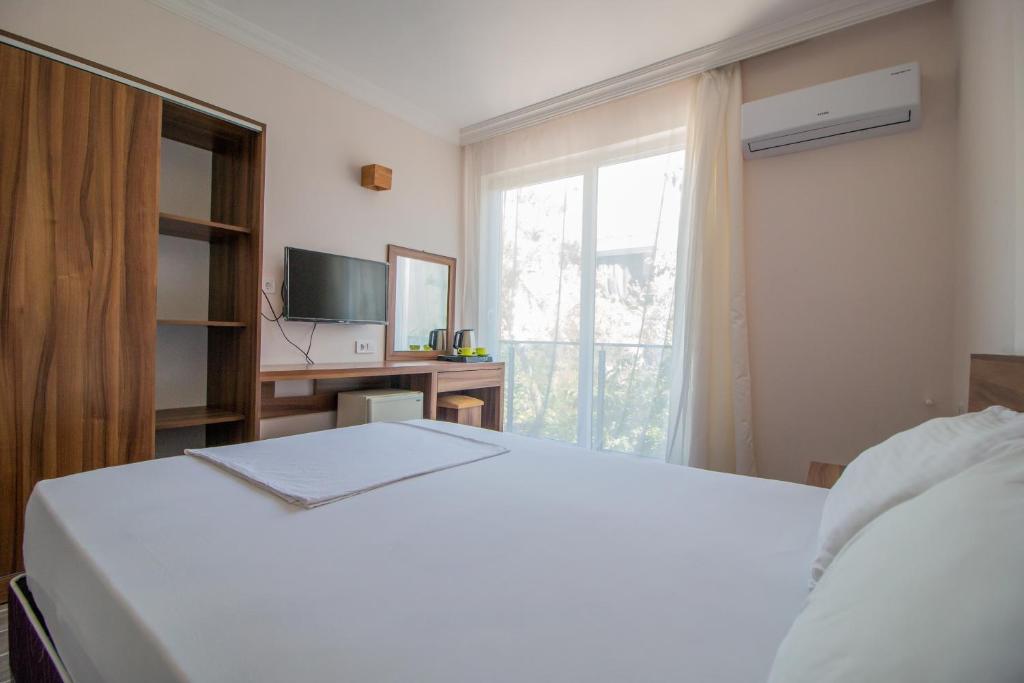 Отель  Venüs Hotel  - отзывы Booking