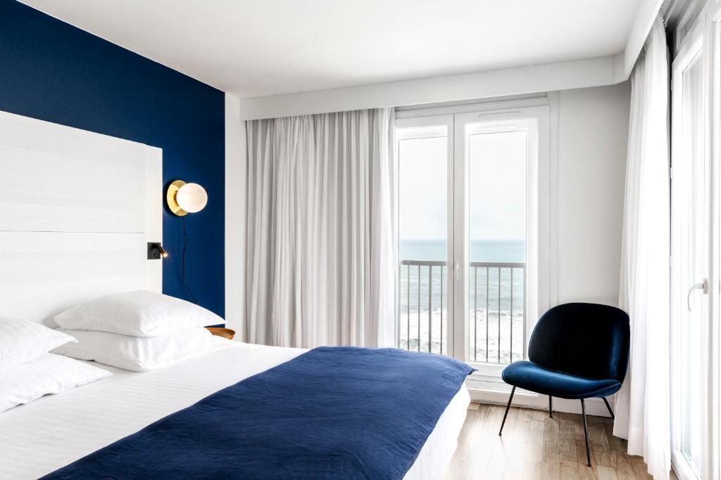 Отель  Отель  Hôtel Le Windsor Biarritz