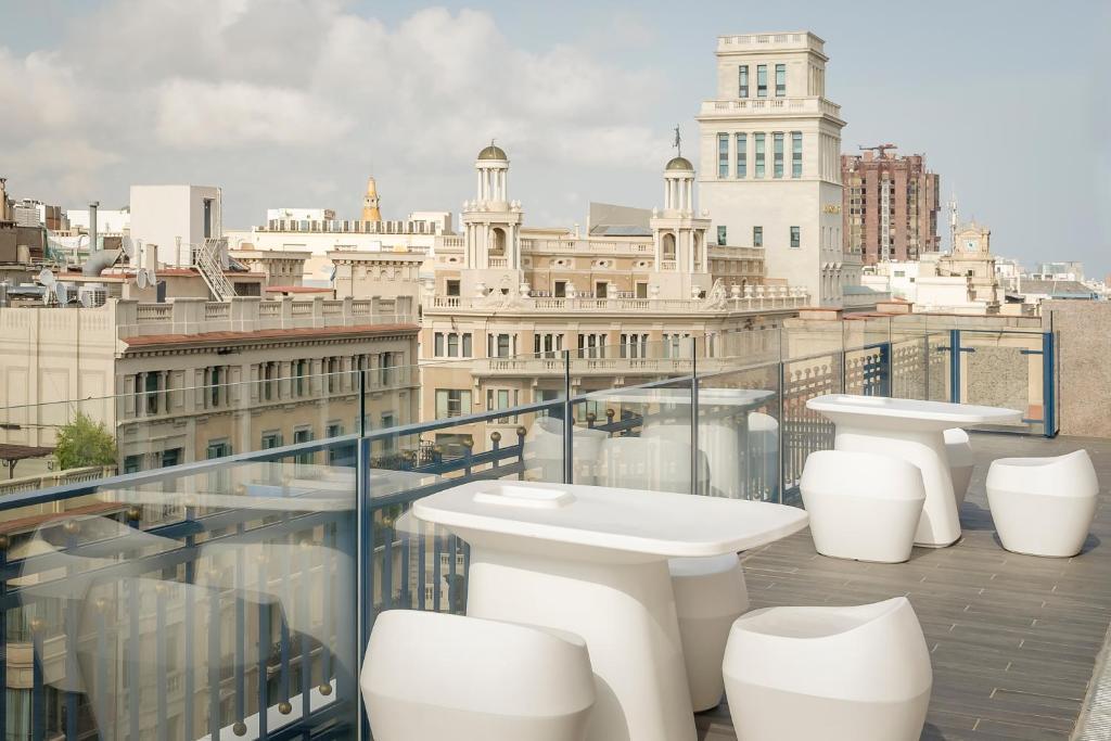 Отель Exe Plaza Catalunya - отзывы Booking