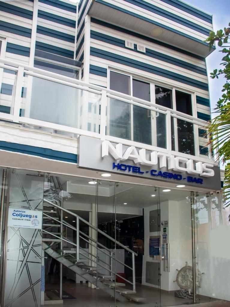 Отель Hotel Nauticus - отзывы Booking
