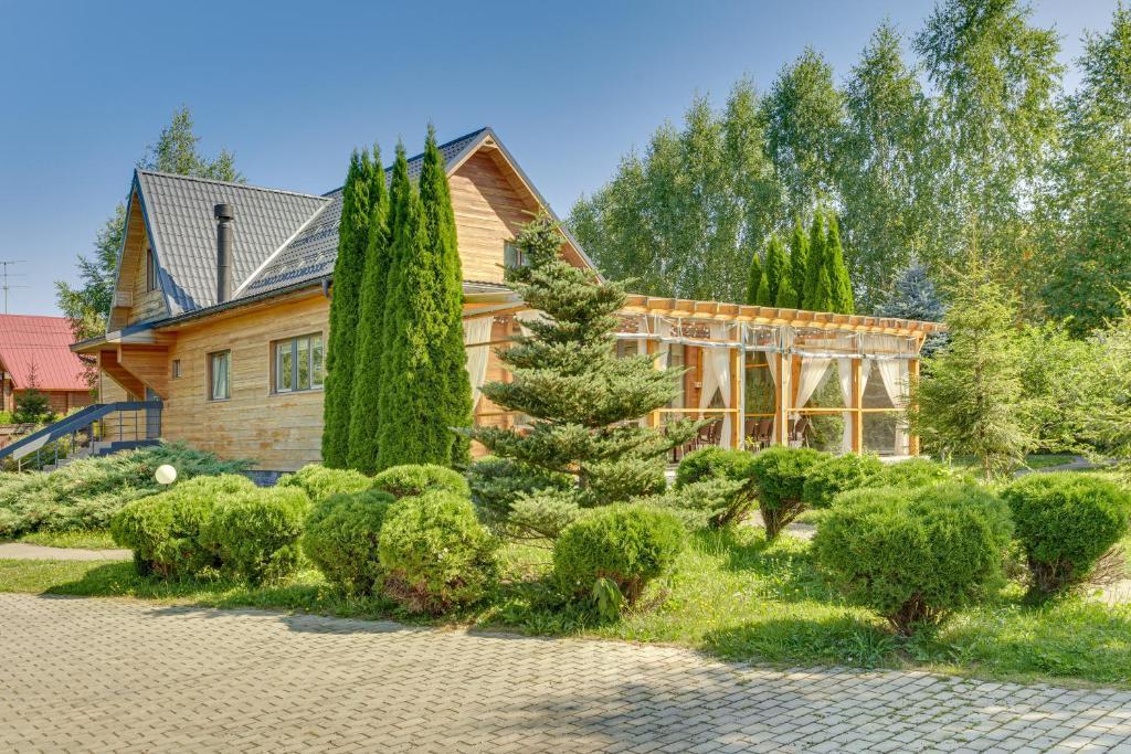 Дом для отпуска  Eco-style house with veranda  - отзывы Booking
