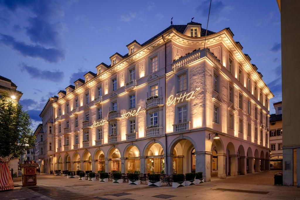 Отель  Stadt Hotel Città