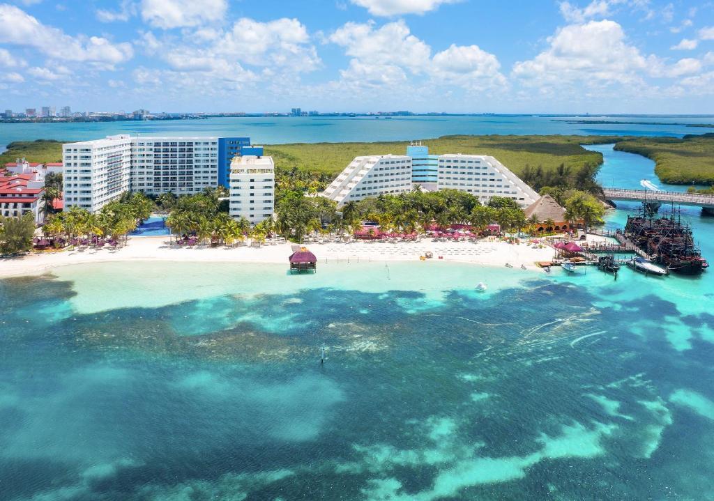 Курортный отель  Grand Oasis Palm - All inclusive  - отзывы Booking