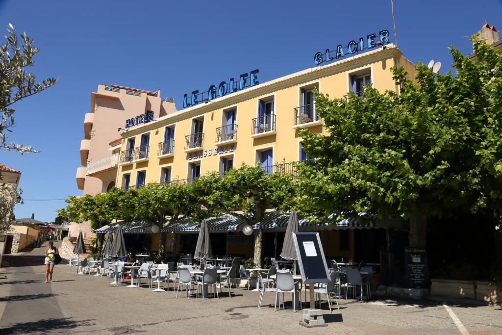 Отель  Hotel Le Golfe