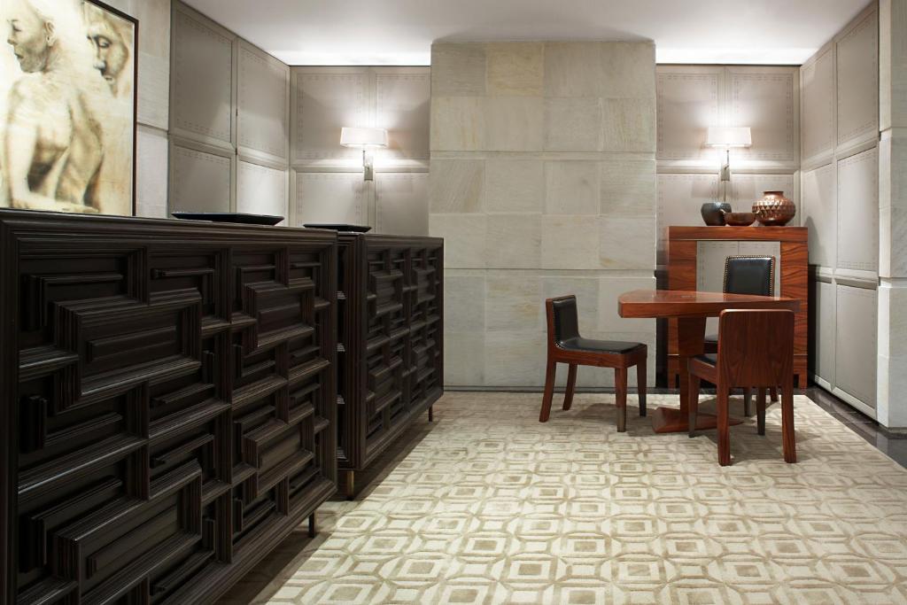 Отель  Las Alcobas, a Luxury Collection Hotel, Mexico City  - отзывы Booking