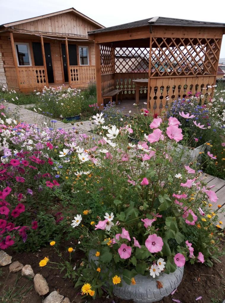 Гостевой дом U Iriny Guesthouse - отзывы Booking