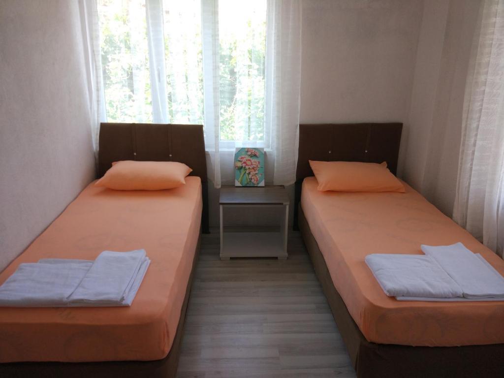 Фото  Отель типа «постель и завтрак»  Sağıroğlu Apart