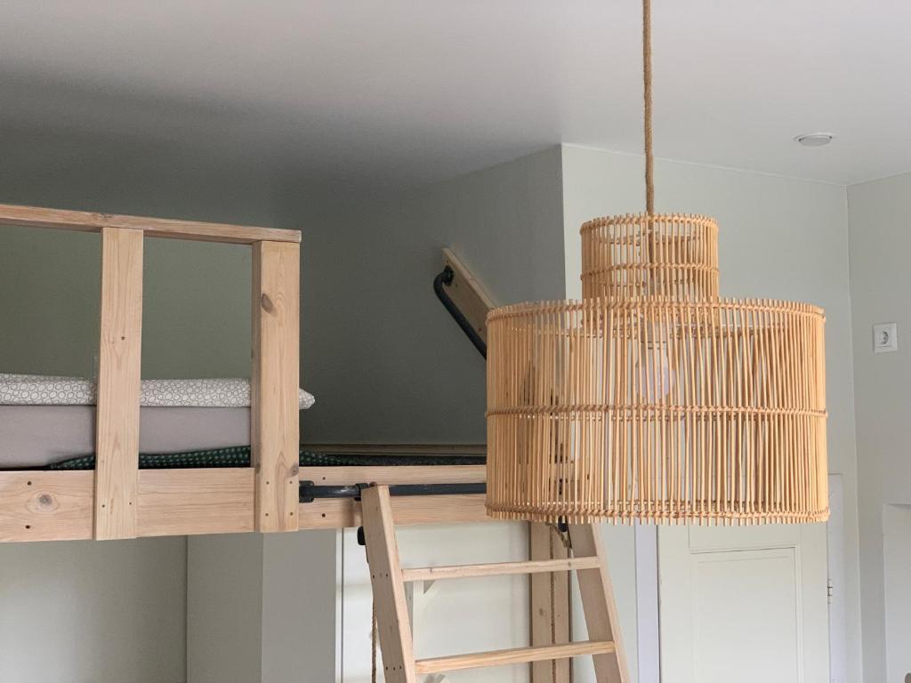 Апартаменты/квартира  Cozy & central LOFT in 1914 Finnish wooden house  - отзывы Booking