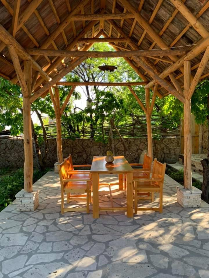 Гостевой дом  Гостевой дом  Yeganyans Guest House And Wine Yard