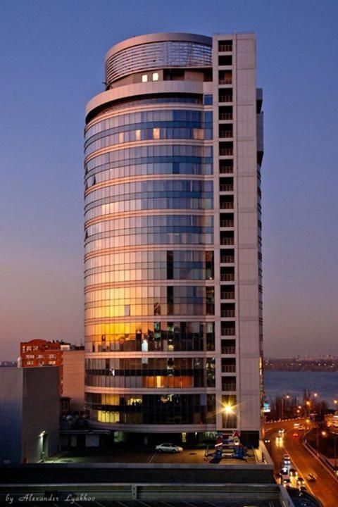 Отель  Staybridge Mini-Hotel in Most City PANORAMIC RIVER VIEW  - отзывы Booking