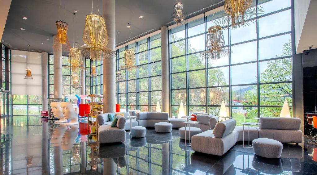 Отель Hotel Gran Bilbao - отзывы Booking
