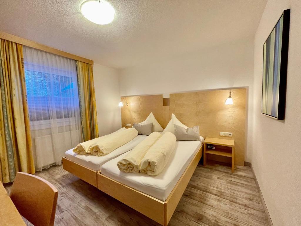 Отель  Arlen Lodge Hotel  - отзывы Booking