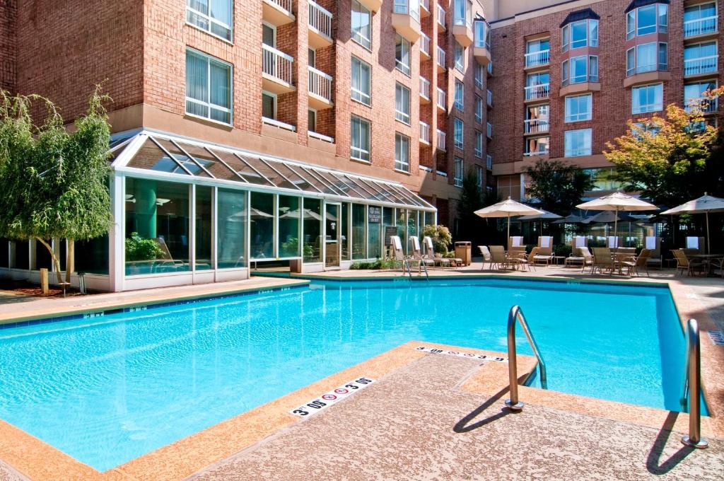 Отель Отель Hilton Atlanta Perimeter Suites