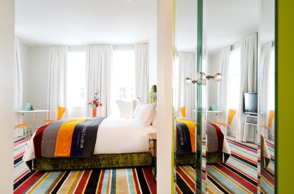 Отель  Отель  Hotel DeBrett