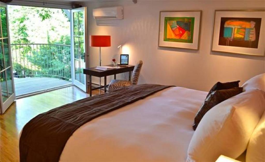 Отель  Relais Chateaux Camden Harbour Inn  - отзывы Booking