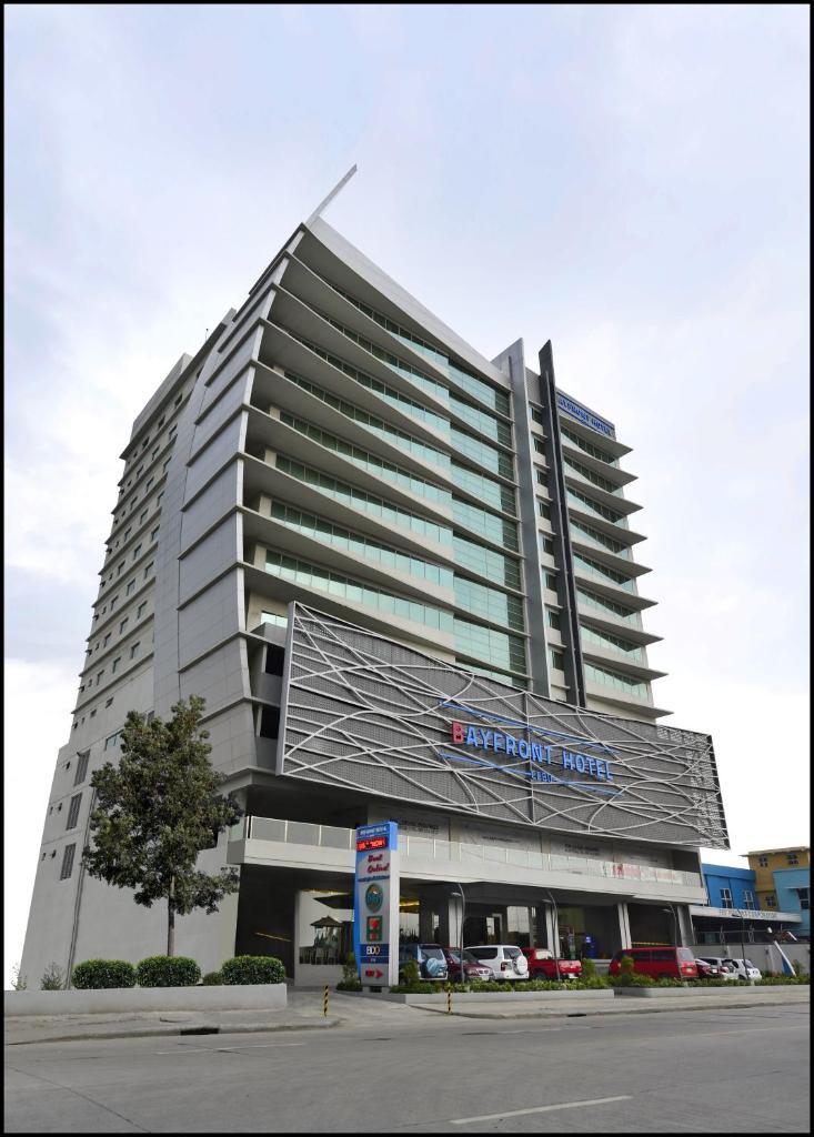 Отель  Bayfront Hotel Cebu - North Reclamation  - отзывы Booking