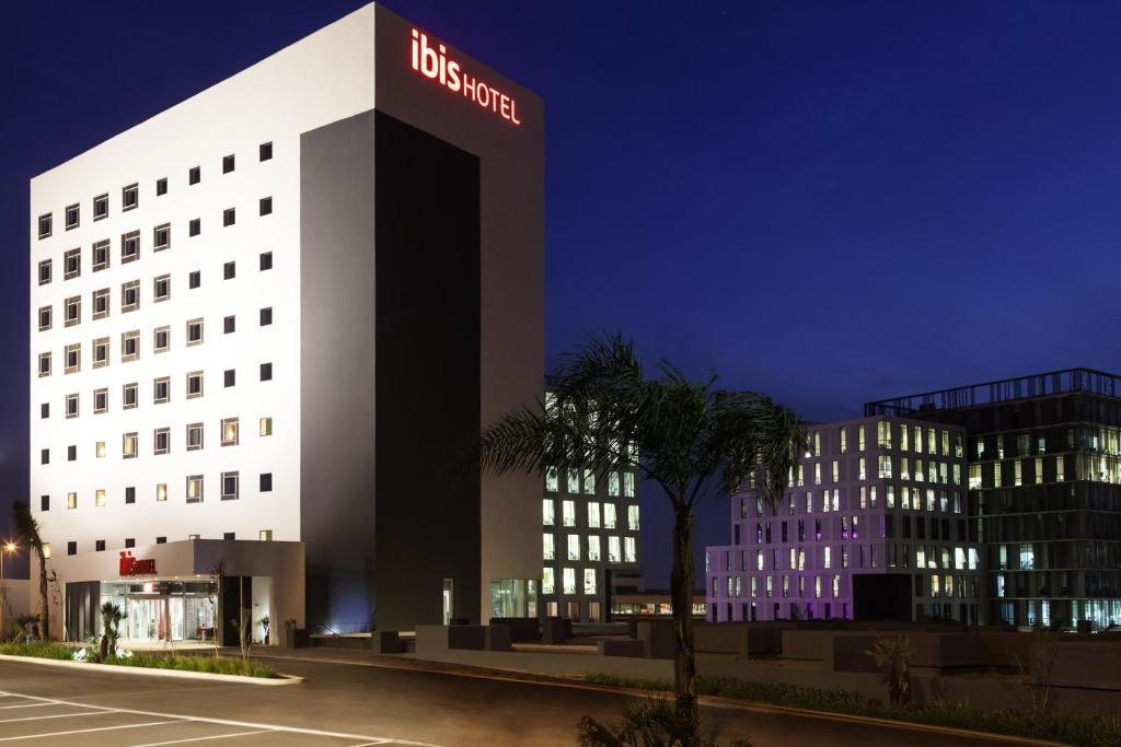 Отель  Ibis Casanearshore  - отзывы Booking