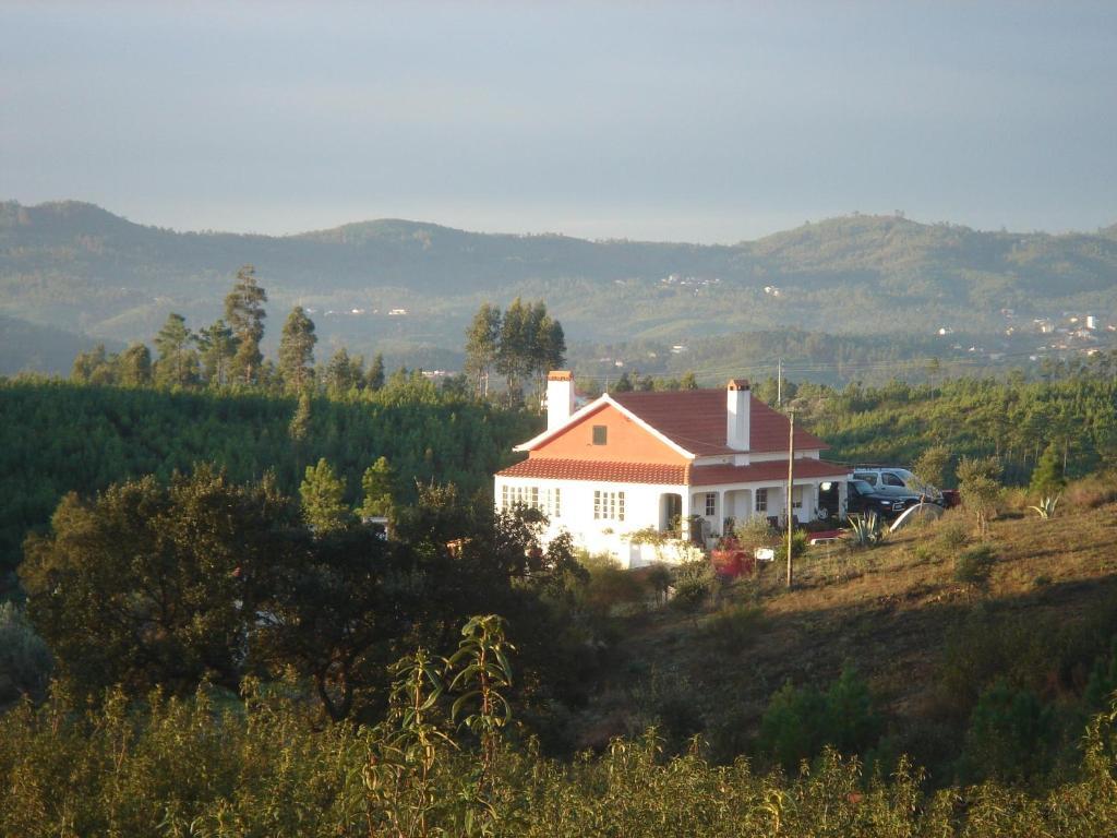 Дома для отпуска  Vale de Garcia  - отзывы Booking