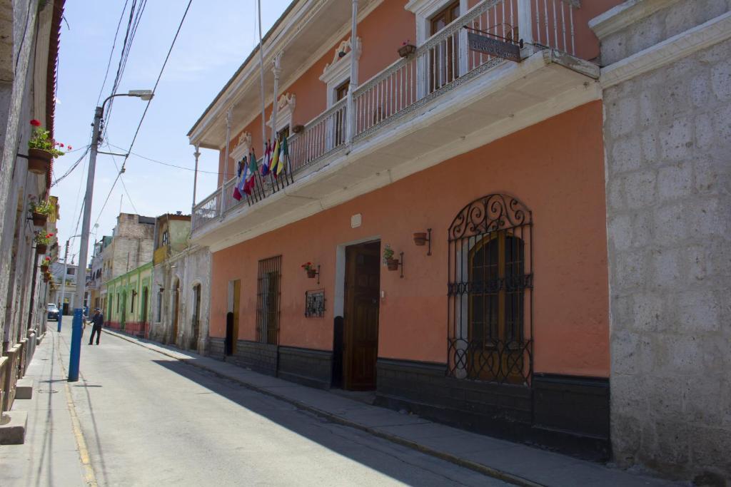 Отель  Отель  Posada Nueva España