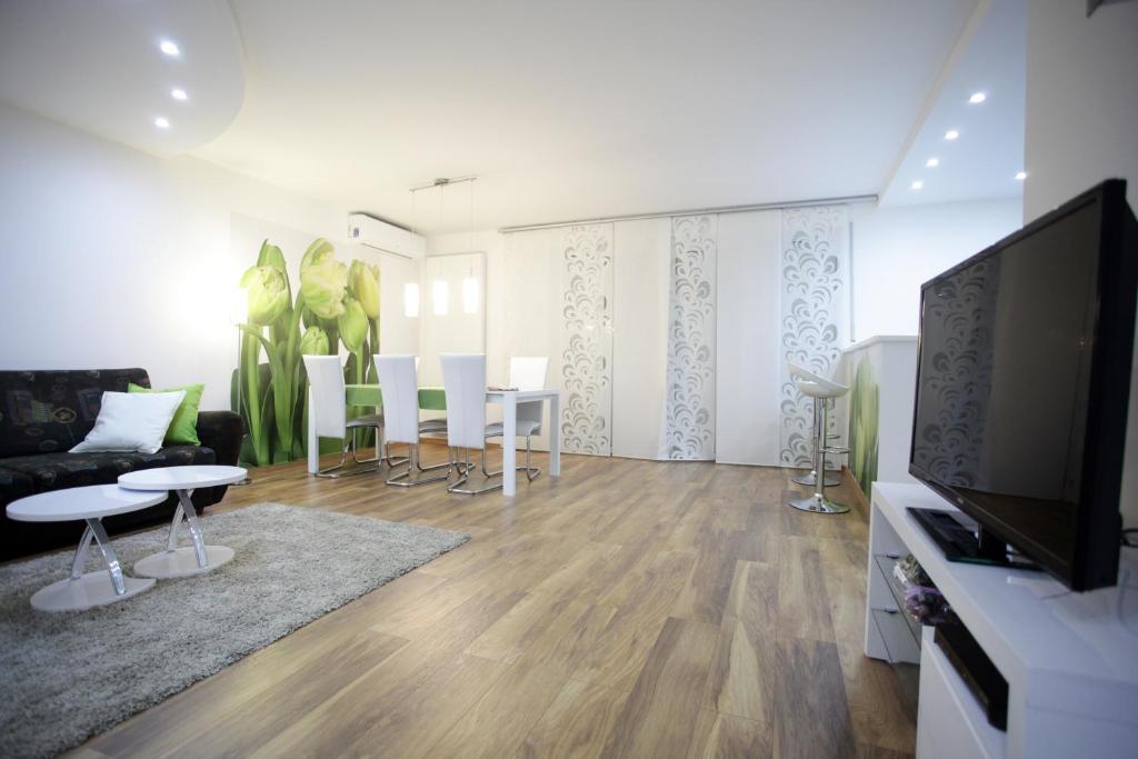 Апартаменты/квартиры  Bonus Apartments  - отзывы Booking