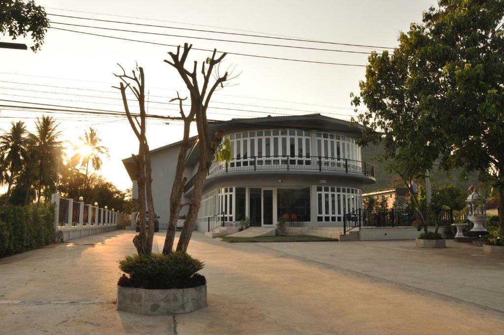 Отель  Khaoyai Terrazzo  - отзывы Booking