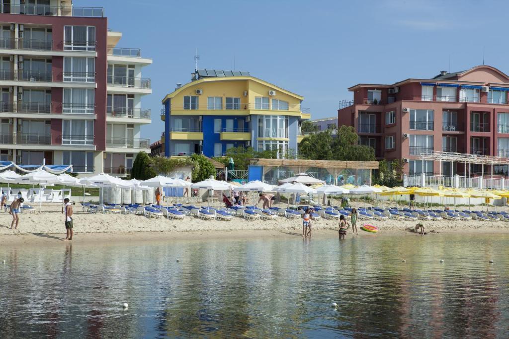 Отель  Hotel Sofia Beach  - отзывы Booking