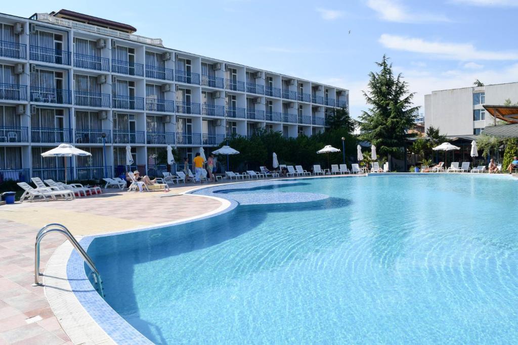 Отель Balaton Hotel - отзывы Booking